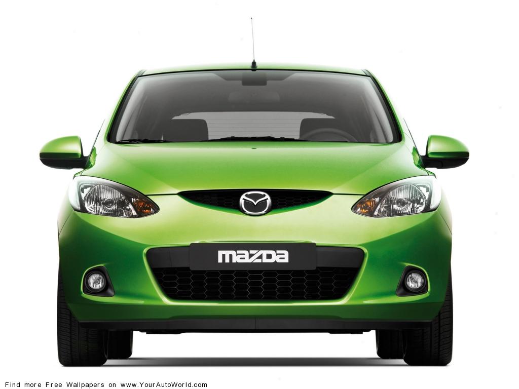 Фото Mazda Demio хетчбэк 3 покол…